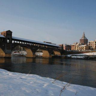 Pavia Alte Brücke im Winter